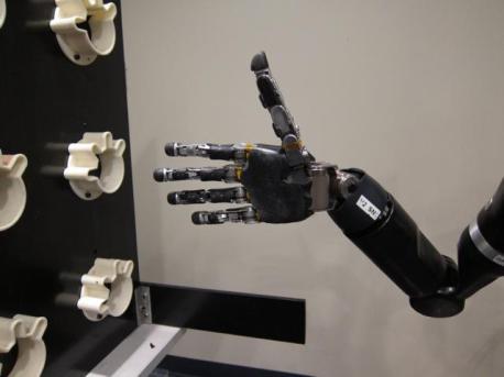 robot-brazo-458x343