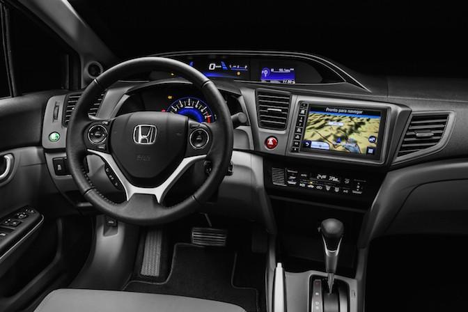 Honda-Civic-MY2016-Brasil-1-672x448