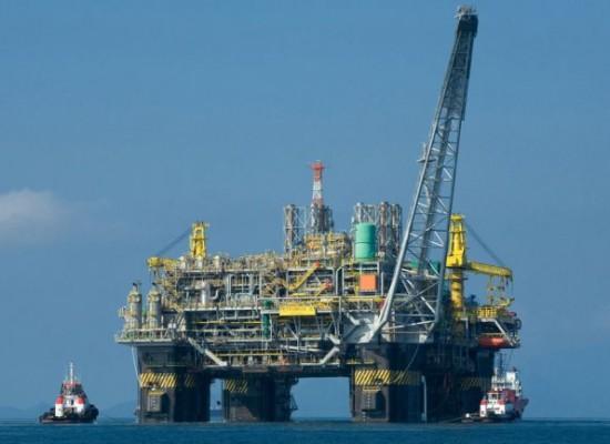 Explotó una plataforma marítima de Petrobras.