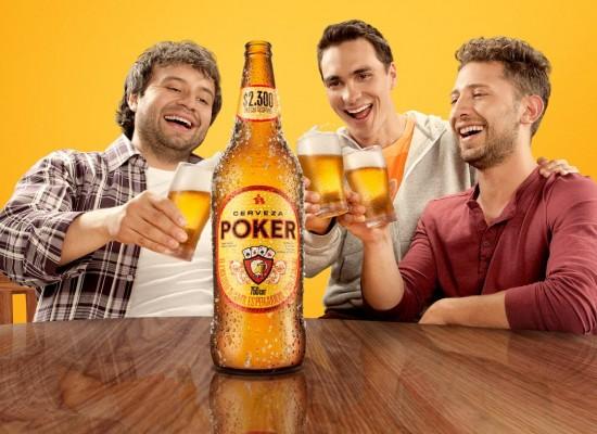 65 amigos que estaban lejos celebraron el #DíaDelosAmigos Poker ¡No faltó nadie!
