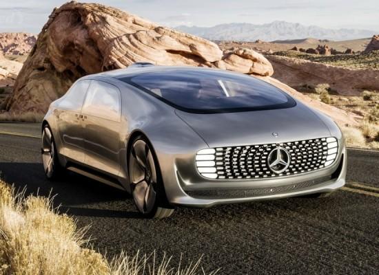 Mercedes y Qualcomm unidos para llevar la carga inalámbrica a los autos