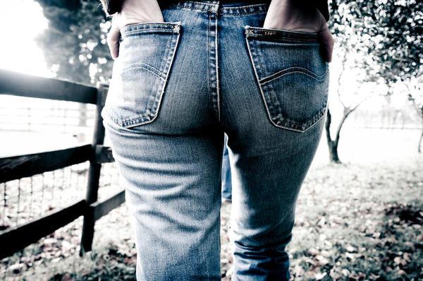 los-pantalones-cenidos-son-perjudiciales-para-tu-salud_full_landscape