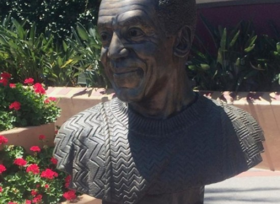 Disney World retira una estatua dedicada a Bill Cosby