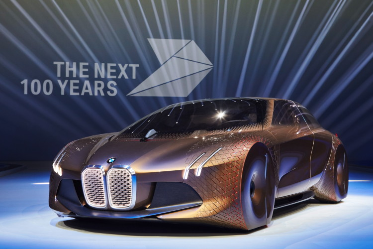 BMW-VISION-NEXT-100-images-28-750x500