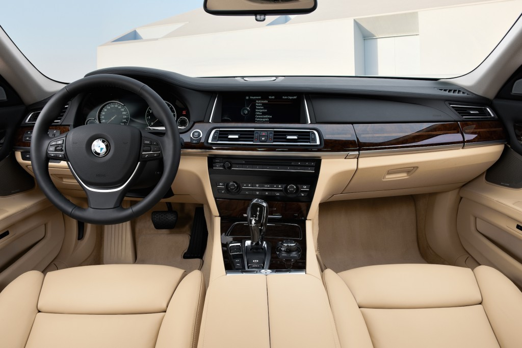 2015-bmw-7-series-interior