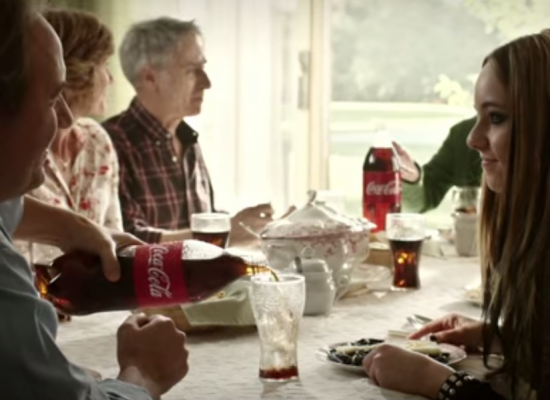Las diferencias no se sientan a la mesa. Comer juntos alimenta la felicidad