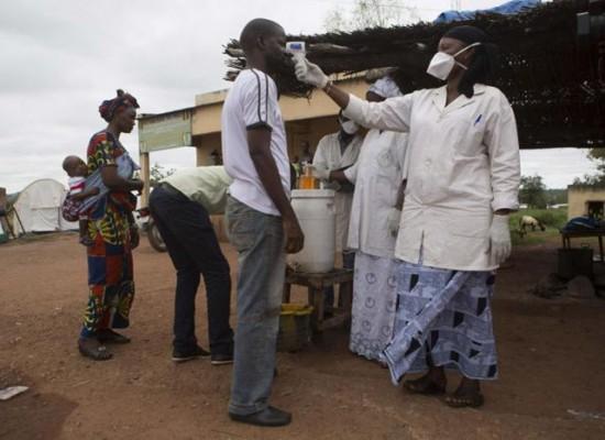 Casos de ébola disminuyen drásticamente, según OMS