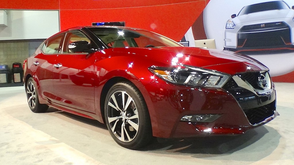 2016-nissan-maxima-front