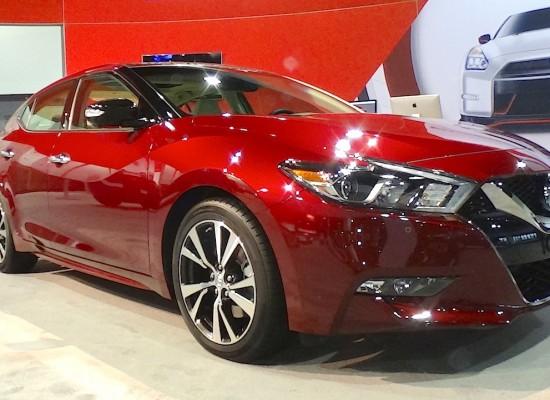 El Nissan Maxima 2016 es más exótico y Premium