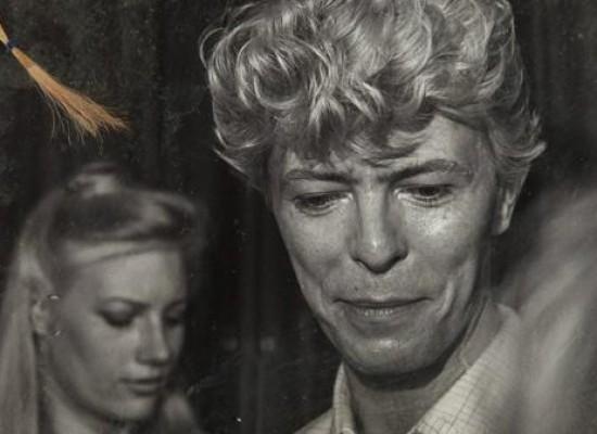 Subasta millonaria por un mechón de pelo de David Bowie